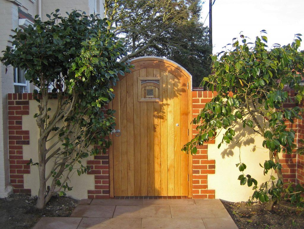Timber Entranceways and Doors