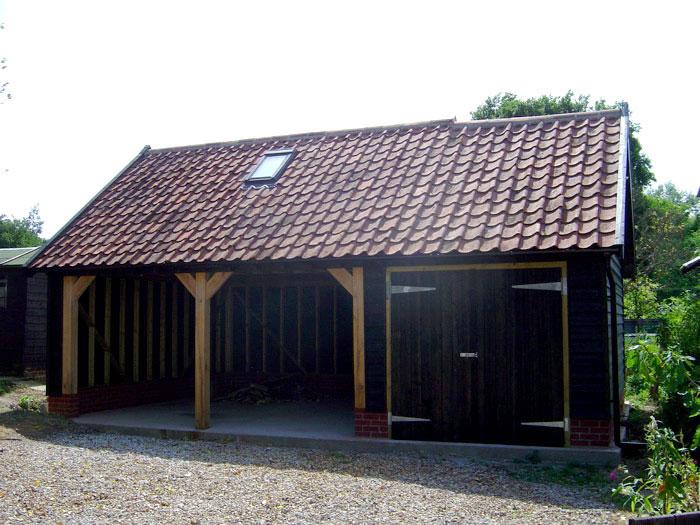 Timber Frame Cart Lodge